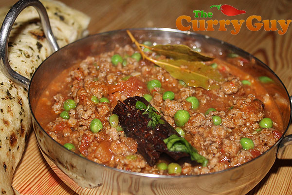 Keema mattar recipe by the curry guy kheema matar forumfinder Gallery