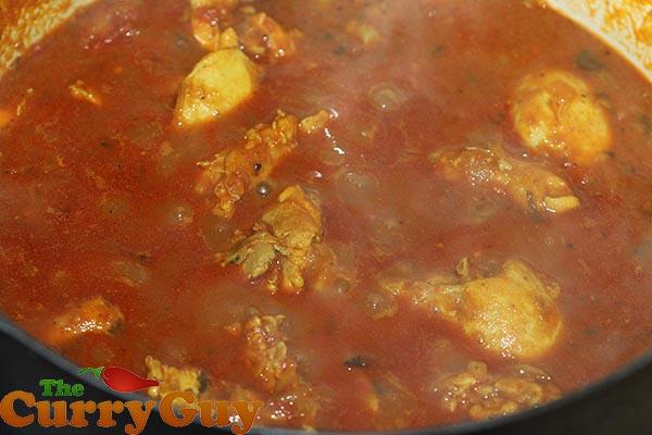 Making Punjabi chicken curry