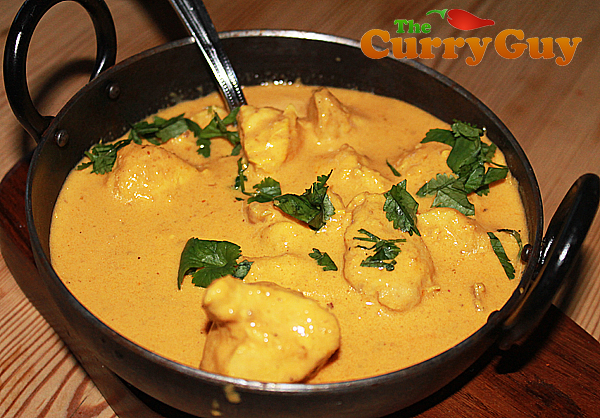 British Indian Restaurant (BRI) style chicken korma