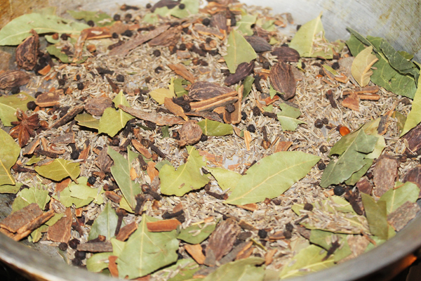 garam masala for British Indian restaurant (BIR) curries