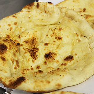 British Indian Restaurant (BIR) Style Peshwari Naans