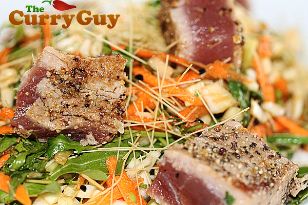 Seared tuna with coleslaw