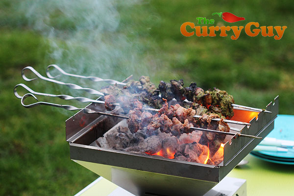 Chicken tikka and beef tikka on the Thüros Barbecue