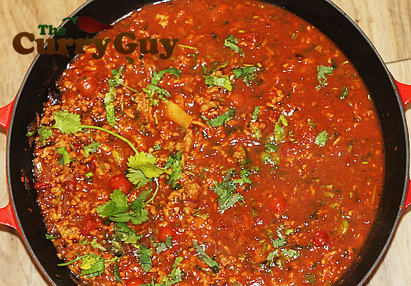 Spicy thai pork curry by the curry guy thai minced pork curry forumfinder Choice Image