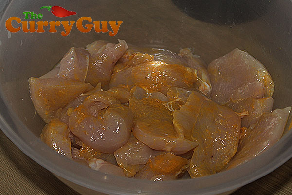 Chicken marinating for chicken chasni