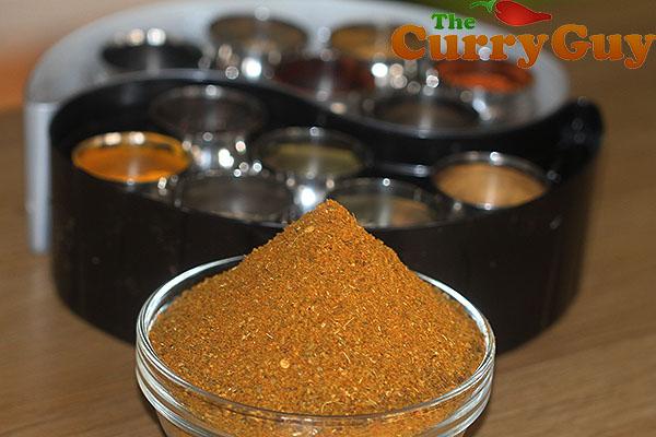 Making curry powder