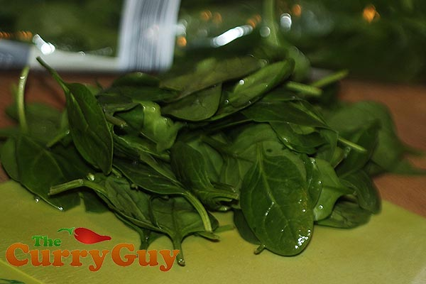 Making crispy fried spinach