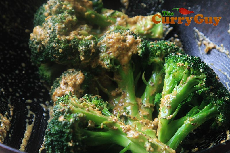 Making garlic and mustard roast broccoli