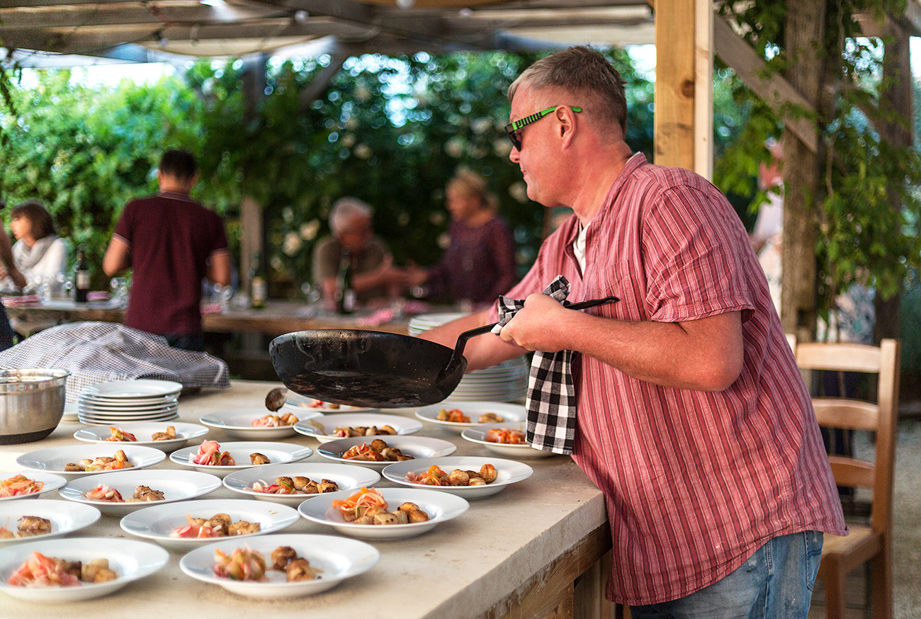 The Curry Guy Masterclass in France.