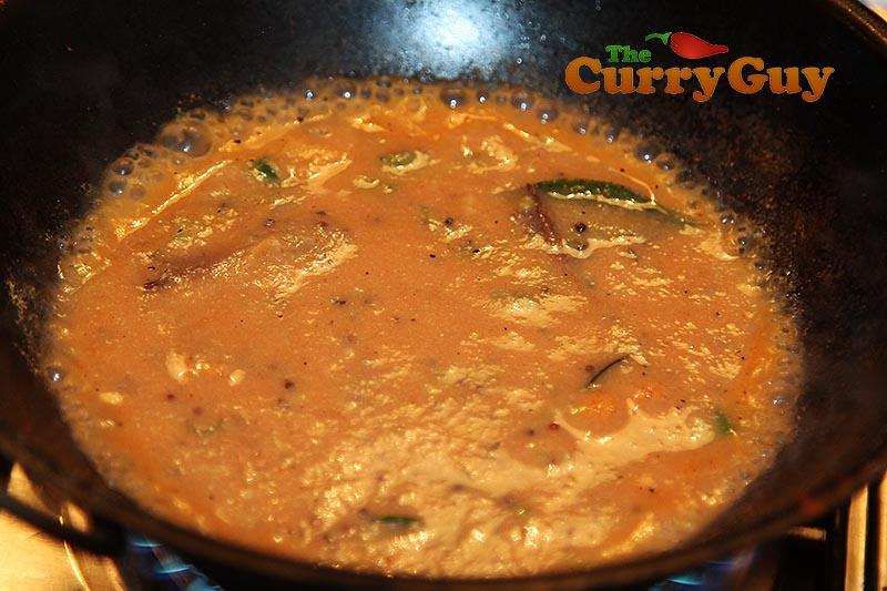 Making chicken Ceylon