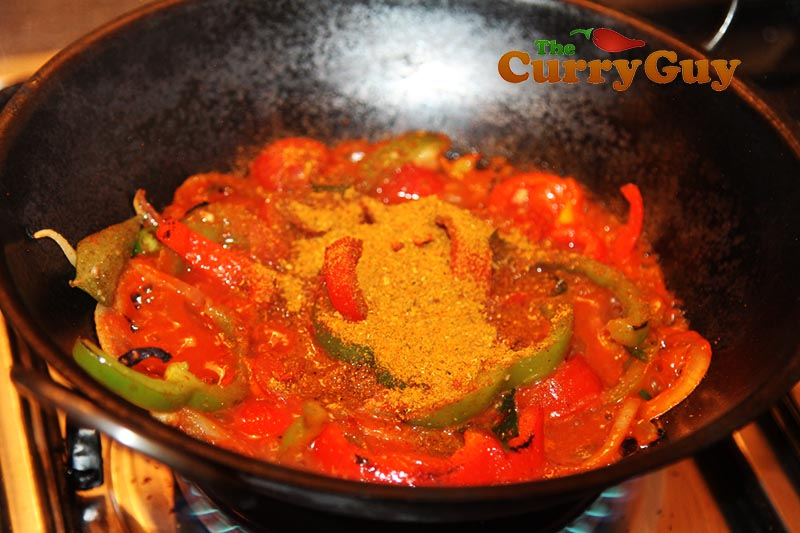 Making low fat chicken jalfrezi